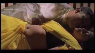 മലയാളം സിനിമ നടി ഗോപിക Malayalam actress Gopika hot Naval and kiss