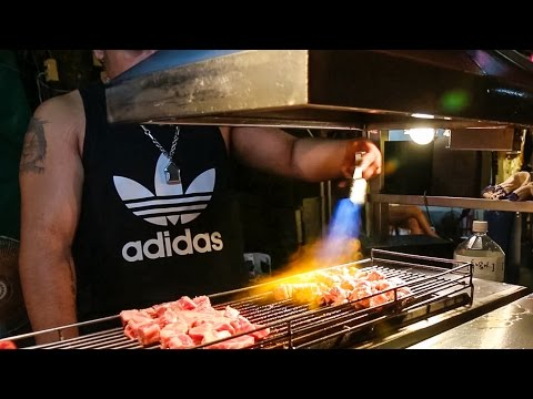 Taiwan Street Food and Attractions BLOWTORCH Steak at Shilin Night Market Day 2