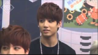 [Eng Sub] BTS Funny Moment: How Jungkook Avoids Awkward Moment
