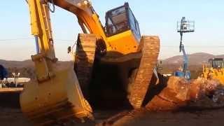 Expo Equipo Mining - Maquinas pesadas trabalhando