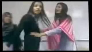 Deepika Padekon  Nude scandal in a Ad Shooting Indian Actress