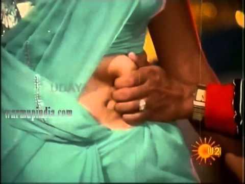 hot mallu aunty hot kannada actress saree navel pressed hard and b