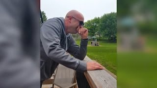 Colorblind Artist Breaks Down in Tears Seeing Colors for First Time