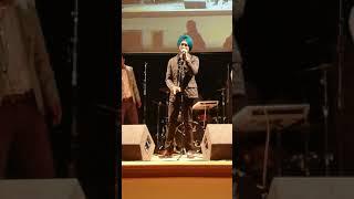 Tarsem Jassar live in the UK