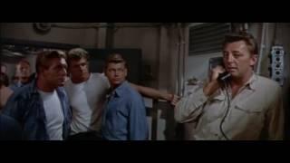 Duelo en el atlántico 1957 película en español