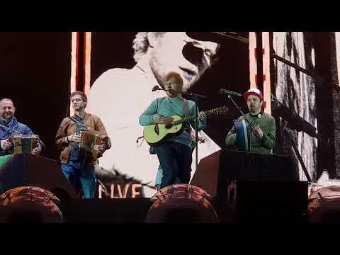 Ed Sheeran - Galway Girl - Live in Dublin Phoenix Park