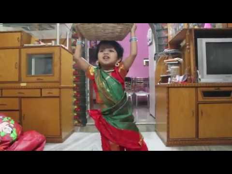 Sabji wali girl cute baby