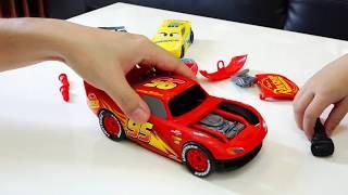 맥퀸 조심해! 예준이의 디즈니 카 자동차 장난감 전동 공구놀이 타요 버스 수리놀이 Mcqueen be Careful Disney Car Toy Repair Wheel