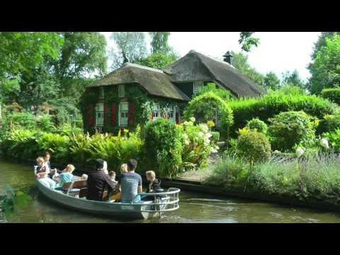 NETHERLANDS summer in Giethoorn (hd-video)