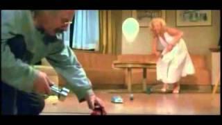 Marilyn Monroe explica a Einstein la teoría de la relatividad