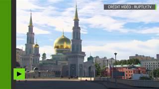 Des musulmans célèbrent l'Aïd el-Fitr dans la Mosquée-cathédrale de Moscou