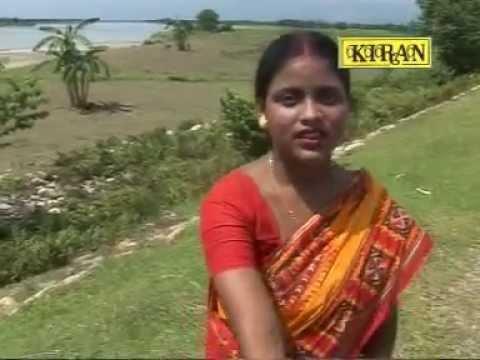 Xxx Mp4 Bangla Bhawaiya Gaan Kiba Chinu Kiba Honu Mon More Pagela Bhawaiya Goalparia Song Kiran 3gp Sex
