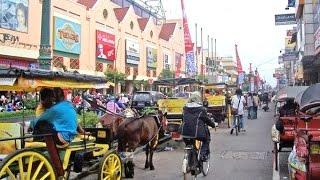 Sepanjang JALAN MALIOBORO Yogyakarta - Along Malioboro Street Yogyakarta [HD]