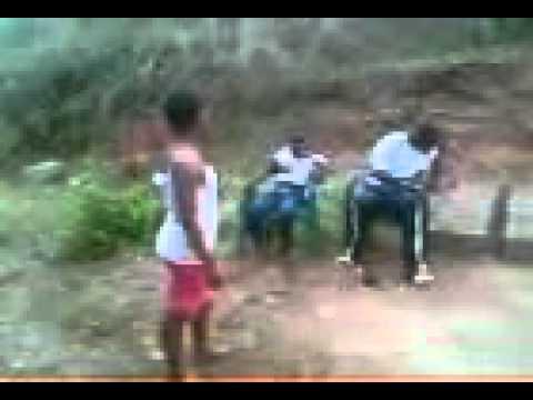 umfana esaba intombi(mja)