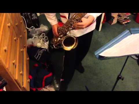 Tenor Saxophone - James Bond Theme Tune