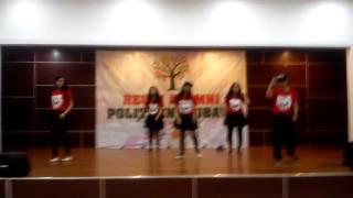 Reuni Alumni Poltek Ubaya 2015 Dance Performance