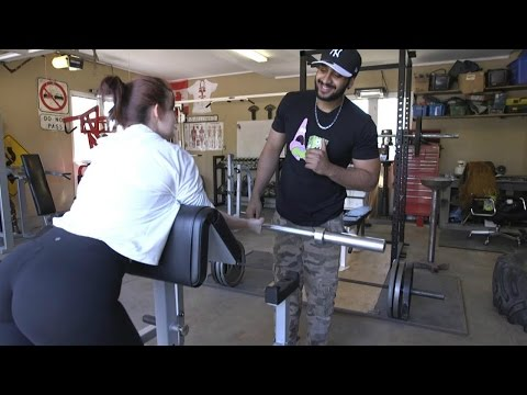 How NOT to pick up girls at the gym