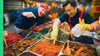 Traditional Korean Street Food Tour at Gwangjang Market in Seoul!