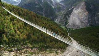 A impressionante vista da maior ponte suspensa para pedestres do mundo