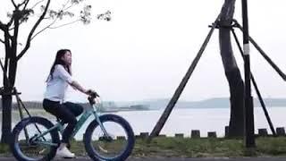 طريق رباعي المواصلات بطول 101 كم بدن سيارات في الصين.   تابعو برنامج السياحة في الصين للتتمتع