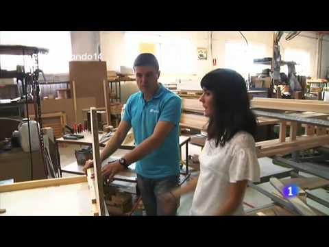 Como se fabrica un sofá de Fama en Fabricando Made in Spain de la 1