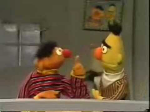 Sesame Street Ernie s Rhyming Game