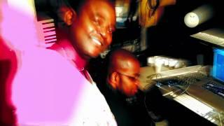 DJ christy B o studio vegasound avec totorino