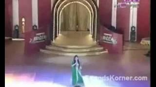 Shahida Mini Singing in 16th Ptv Awards