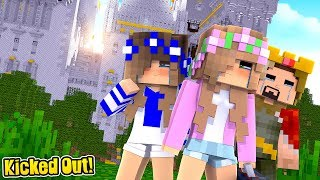 LEAVING OUR CASTLE FOREVER!   Minecraft Little Kelly w/LittleCarly