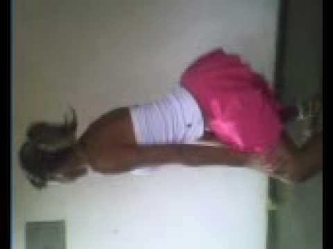 olha ae a Adriana dançando de novo