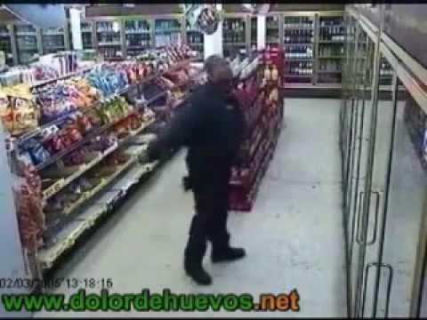 Policia bailon