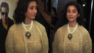 Manisha Koirala Hot Asset Show In Transparent Dress !!
