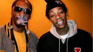 Snoop Dogg & Wiz Khalifa - Young Wild And Free LYRICS