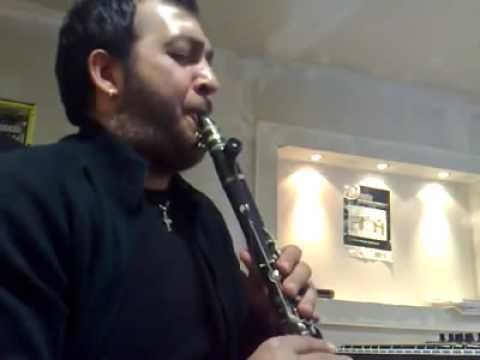 Bir insan bir klarneti bukadar güzelmi calar
