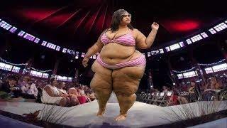Large Women Dress Plus Size - Fashion Show