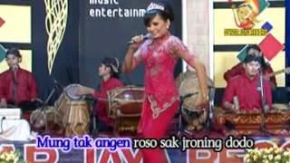 Tika P feat. Jhordan - Nitip Kangen (Official Music Video)