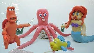 Baby Ariel and Flounder Play Hide and Seek ❤️ PlAy DOh Cartoon SUPERHERO Stop Motion Movies