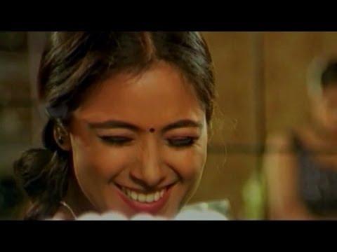 Bala Krishna & Simran Love Scene    Goppinti Alludu Movie