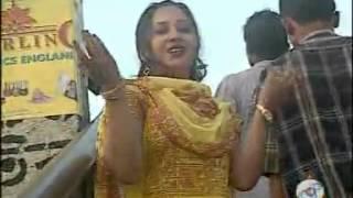 Bangla hot song By Momotaj  Garments a chakri kori dine raite