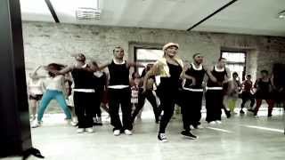 Tanyeli - Salla Gitsin (Official Video)