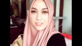 MeleTOP | Mia Ahmad ada Maid yang seksi !
