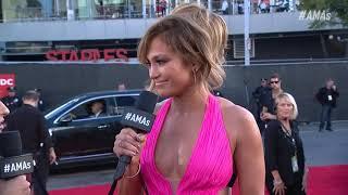 Jennifer Lopez Red Carpet Interview - AMAs 2018
