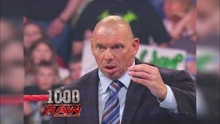 Donald Trump recalls the Raw when Mr. McMahon revealed his favoirte Raw Moment