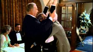 The Naked Gun: From the Files of Police Squad!: Security check.