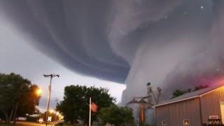 Angin Tornado Terbesar di dunia video Angin Tornado Terbesar di dunia 2015 terbaru INDIANA