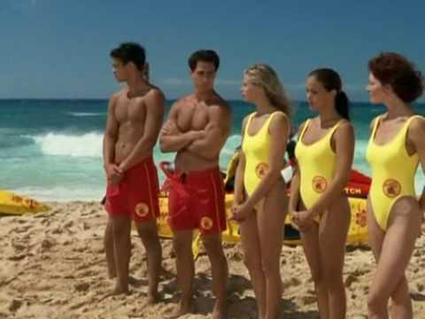 Simmone Jade Mackinnon in Baywatch Hawaii S10E01