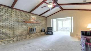 Great home for sale at 2209 Franklin Drive, Arlington, TX 76011