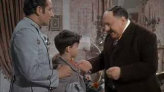 Totò Miseria e nobiltà - Vincenzo m'è padre a me