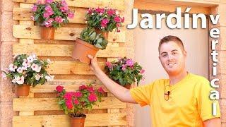 Jardín vertical con palets | Colgador de macetas casero