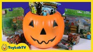 Minecraft Adventure in a Haunted House, Jack-O'-Lantern Halloween Surprise Toys, Steve, Alex & Lego